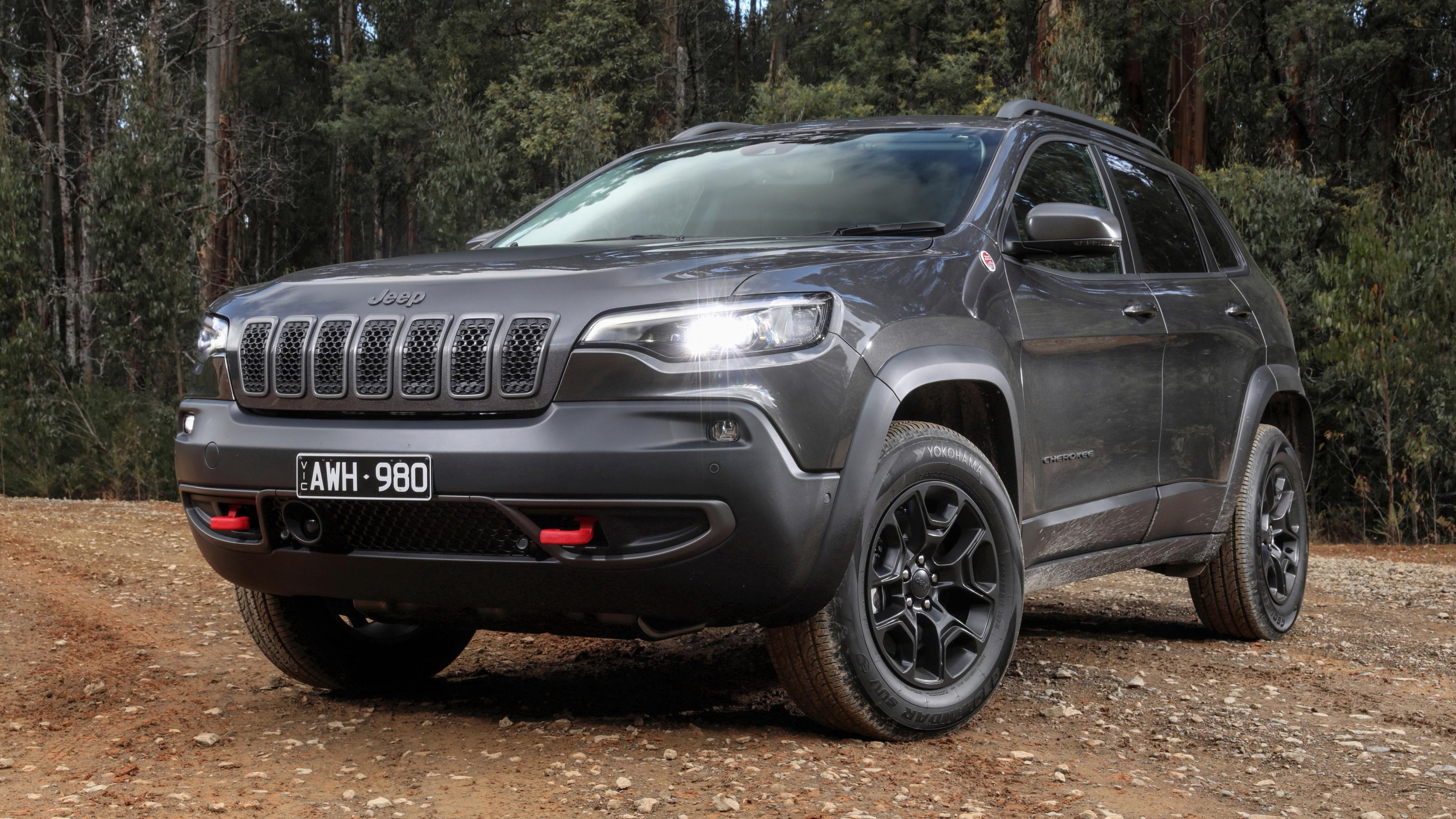 Jeep Cherokee replacement not due until 2025 - report