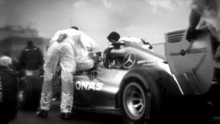 Formula 1 shot with 104 year old camera: The results are amazing